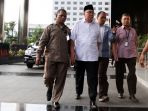 gubernur-bengkulu-tiba-di-kpk_20170620_185340.jpg