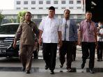 gubernur-bengkulu-tiba-di-kpk_20170620_193012.jpg