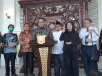 gubernur-dki-jakarta-anies-baswedan-bersama-forum-kerukunan.jpg