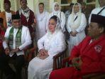 gubernur-dki-jakarta-anies-baswedan-menerima-perwakilan-dari-brigade-jawara-betawi_20171105_090608.jpg