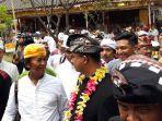gubernur-dki-jakarta-anies-baswedan-mengunjungi-pura-dalem-purnajati-tanjung-puri_20171105_105210.jpg