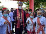 gubernur-jateng-ganjar-pranowo-menjalani-upacara-pencucian-kaki-you-yaihoro.jpg