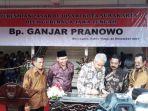 gubernur-jateng-ganjar-pranowo-resmikan-pasar-rejosari_20180101_103549.jpg