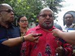 gubernur-papua-lukas-enembe-nih2_20170322_141147.jpg