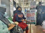 gunakan-kostum-superhero-suami-istri-ini-ajak-penumpang-krl-yogyakarta-solo-patuhi-prokes.jpg