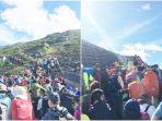gunung-fuji-dipadati-wisatawan_20180915_201713.jpg