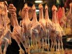 harga-daging-ayam-di-bandung-terus-melonjak_20150813_230012.jpg
