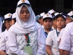 hari-pertama-sekolah_20160718_124847.jpg