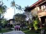 hotel-patra-jasa-bali-resort-villas-kuta-bali_20160519_120411.jpg