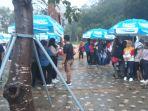 hujan-sempat-bubarkan-tonton-bareng-di-zona-kaka_20180902_180438.jpg