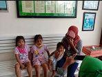 Ibu 3 Anak Curi Sawit untuk Beli Beras, Ditawari Pekerjaan oleh Dirut PTPN V Setelah Minta Maaf