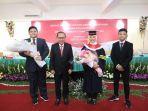 Menteri Ketenagakerjaan Ida Fauziyah Raih Gelar Doktor Ilmu Pemerintahan
