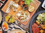 Buka Bersama di Restoran All You Can Eat? Simak 7 Tips Ini Agar Tidak Rugi: Hindari Minuman Bersoda