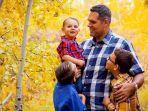 Ucapan Selamat Hari Ayah dalam Bahasa Inggris Beserta Artinya, Cocok Dibagikan di Social Media