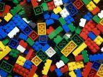 ilustrasi-mainan-lego.jpg