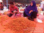 ilustrasi-penjualan-cabai-di-pasar-gorontalo.jpg