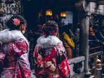 ilustrasi-wanita-jepang-yang-memakai-kimono.jpg