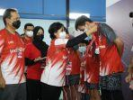 Telkom Beri Beasiswa untuk 10 Pemenang IndiHome Gideon Badminton Academy Selama Setahun