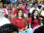 indonesia-juara-piala-aff-u-16-keberadaan-via-vallen-di-tribun-jadi-sorotan_20180811_222001.jpg