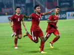 indonesia-u-19-gilas-singapura-u-19-empat-gola-tanpa-balas_20180703_231638.jpg