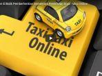 inilah-alasan-di-balik-pemberhentian-sementara-perekrutan-sopir-taksi-online_20180316_141628.jpg