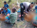 ipda-bj-handoko-membantu-proses-ibu-melahirkan-di-kawasan-hutan.jpg