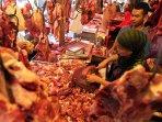 jelang-lebaran-harga-daging-sapi-naik-di-kota-bandung_20160705_154847.jpg