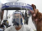 jelang-new-normal-life-penjualan-face-shield-meningkat_20200619_190643.jpg