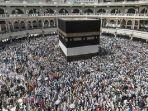 jemaah-haji-mengeliling-kabah-di-mekkah_20180529_075000.jpg
