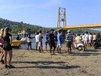 jembatan-kuning-putus-tewaskan-8-orang_20161017_230748.jpg