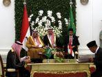 jokowi-dan-raja-salman-sepakati-11-kerjasama-bilateral_20170301_211603.jpg