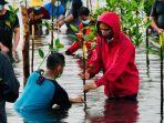 jokowi-mangrove-batam-2809.jpg