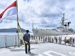 jokowi-tinjau-kesiapan-kapal-perang-di-natuna_20200108_145509.jpg
