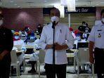 Jokowi Tinjau Pelaksanaan Vaksinasi Tahap Dua di Tanah Abang, Menkes dan Anies Ikut Dampingi