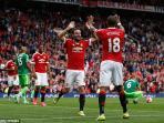 juan-mata-ashley-young-manchester-united-vs-sunderland_20160213_155459.jpg