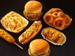 junk-food-burger-hot-dog_20160421_214651.jpg