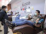 jusuf-kalla-mendatangi-unit-donor-darah-pmi-dki-jakarta-11213.jpg