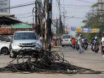 kabel-intalasi-berantakan-membuat-kecelakaan_20180709_212824.jpg