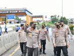 Kakorlantas Tinjau Pengaturan Lalu Lintas di Exit Tol Bitung Tangerang yang Tergenang Banjir