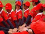 kalahkan-singapura-3-0-timnas-cricket-putra-dan-putri-tampil-cemerlang_20170212_224911.jpg