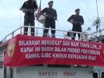 kapal-bawa-solar-ilegal_20160123_152212.jpg