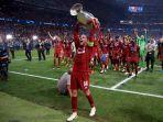 kapten-liverpool-jordan-henderson-saat-raih-gelar-liga-champions-20182019.jpg