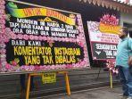 Program Ganjar, Jateng di Rumah Saja Dikritik Lewat Karangan Bunga, Bertulis Ora Obah Ora Mamah