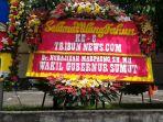 karangan-bunga-wakil-gubernur-sumut_20180322_124101.jpg