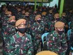 kasum-tni-kunjungi-prajurit-batalyon-artileri-satgas-pamrahwan_20201126_135905.jpg