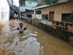 kawasan-kampung-melayu-terendam-banjir_20200209_135055.jpg