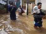 kawasan-kampung-melayu-terendam-banjir_20200209_135059.jpg