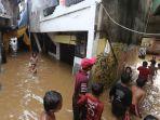 kawasan-kampung-melayu-terendam-banjir_20200209_135103.jpg