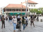 PSBB Transisi di Jakarta Diperpanjang, Kasus Terus Meningkat hingga Denda yang Tolak Swab Test