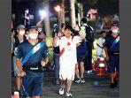 kazutomo-motegi-estafet-obor-olimpiade.jpg